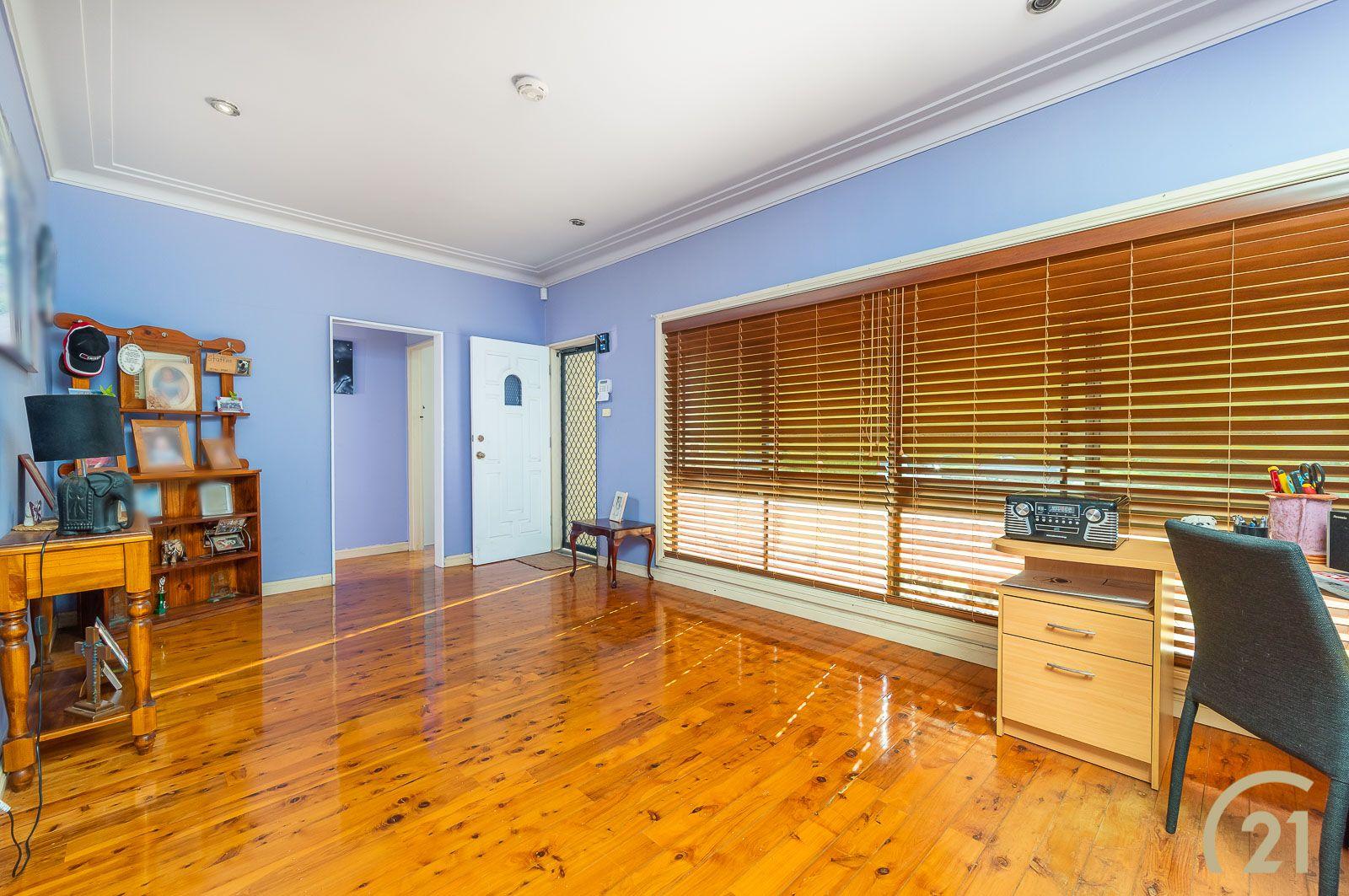 31 Karoon Avenue, Canley Heights NSW 2166, Image 1