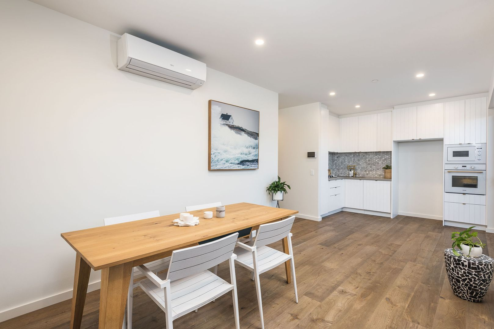 205/82 Mitchell Street, Bentleigh VIC 3204, Image 2