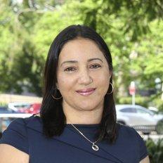 Jena Chahine, Sales Agent