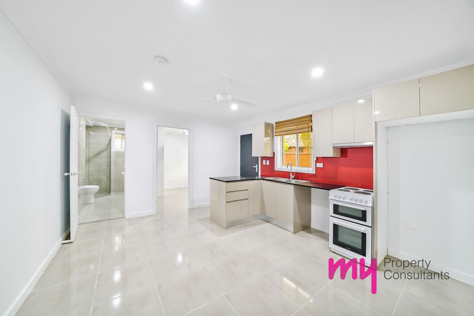 1a O'Malley Place, Glenfield NSW 2167, Image 0