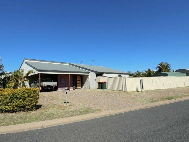 2/11 Brokenwood Street, Emerald QLD 4720, Image 0