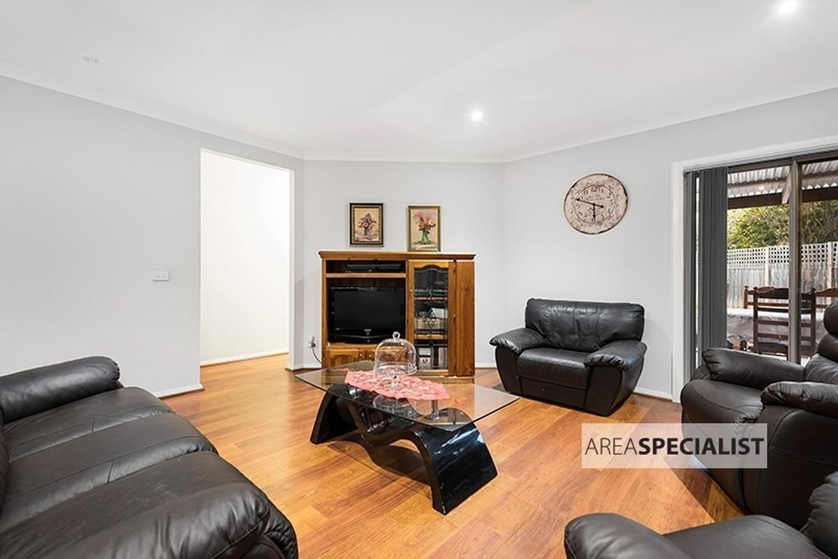 3 Pittosporum Grove, Doveton VIC 3177, Image 2