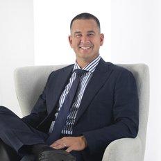 Kaine Lanyon, Sales representative