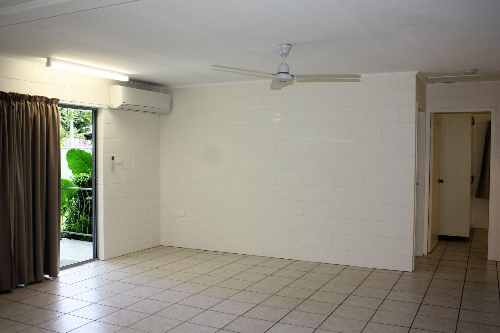 2/3 Elgata Close, Woree QLD 4868, Image 1