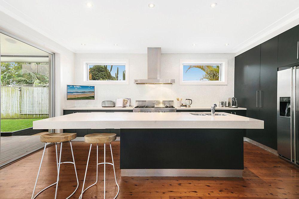 25 Waratah Street, Freshwater NSW 2096, Image 1