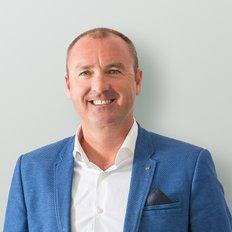 Darren Kay, Sales representative