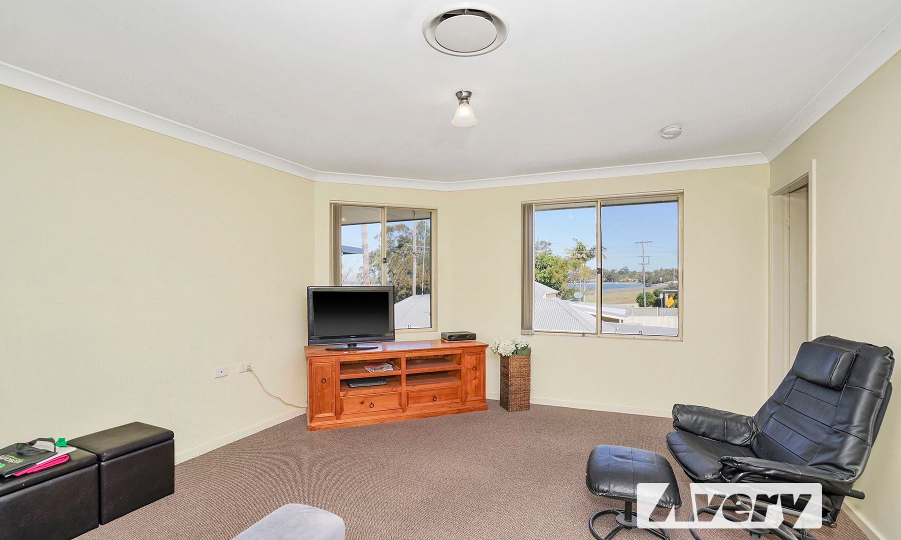 43/305 Main Road, Fennell Bay NSW 2283, Image 2