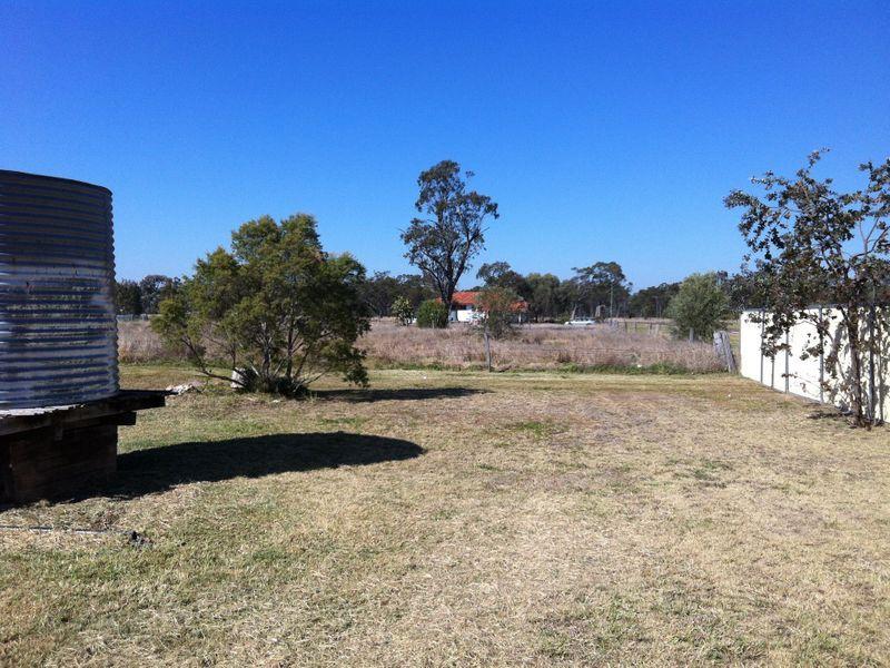 18 Bedwell Street, Yuleba QLD 4427, Image 2
