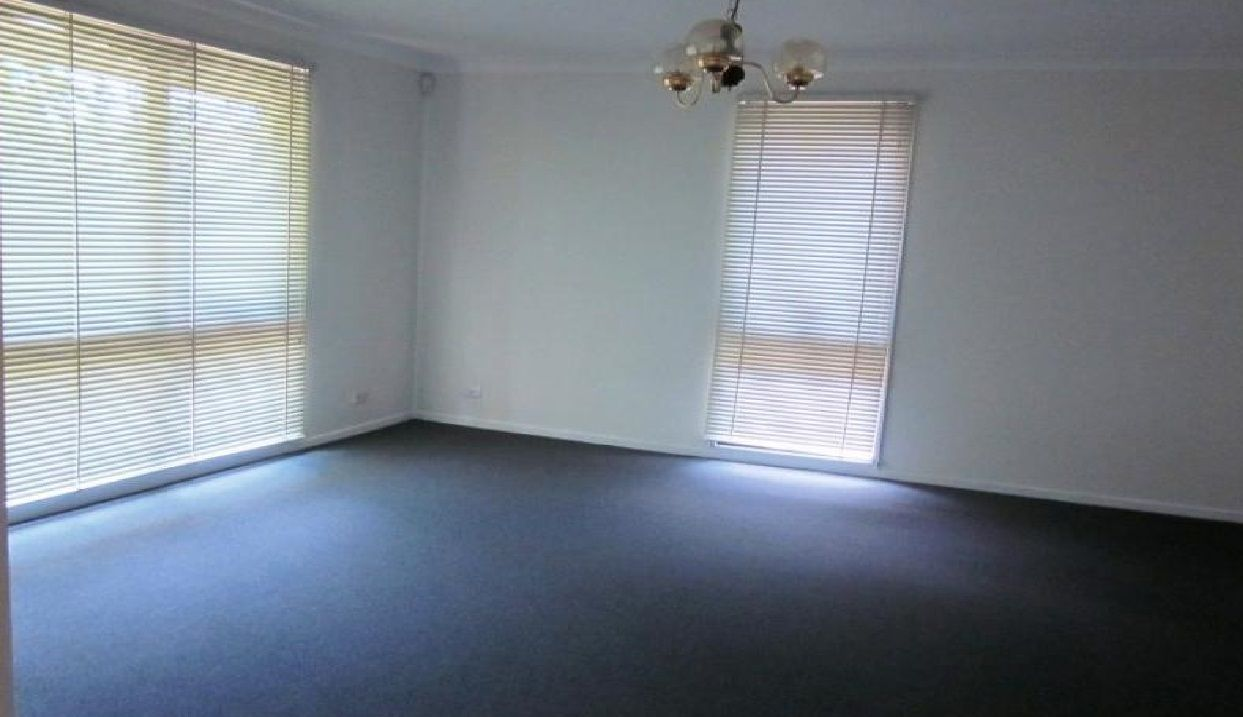 11 Motu Place, Glenfield NSW 2167, Image 1
