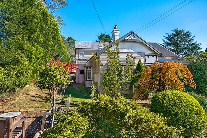 Picture of 14 East View Avenue, LEURA NSW 2780