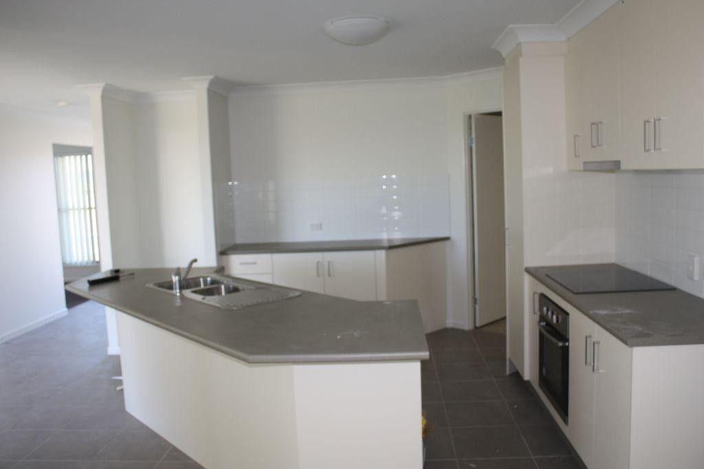 20 Isobel Avenue, Mirani QLD 4754, Image 2