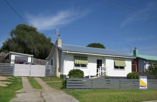 Picture of 65 Carpenter Street, Lakes Entrance VIC 3909