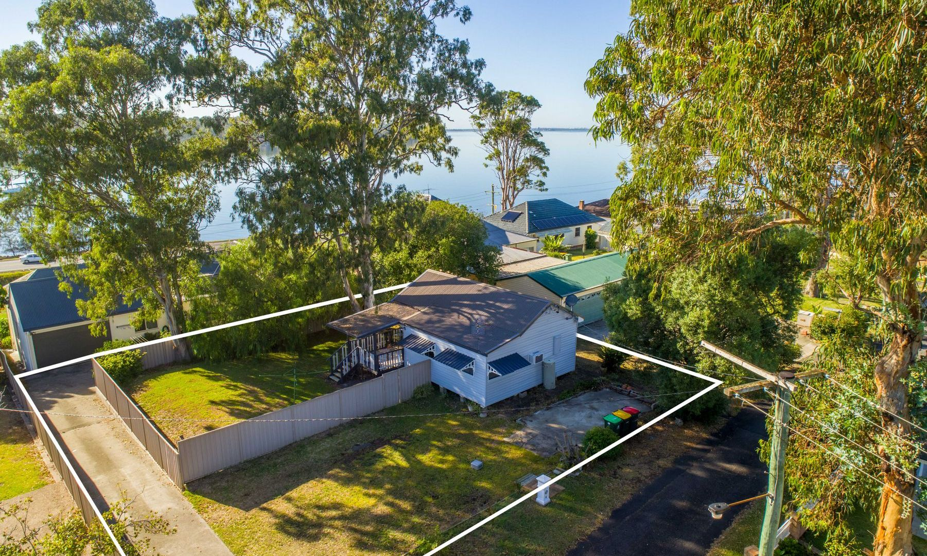 4 FIG TREE LANE, Fennell Bay NSW 2283, Image 1