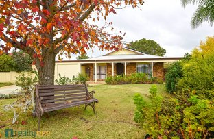 Picture of 12 Axewood Place, Beechboro WA 6063
