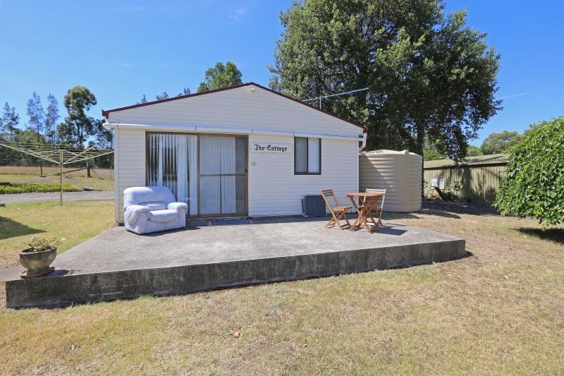 Flat/238 Cedar Ridge Road, Kurrajong NSW 2758, Image 0