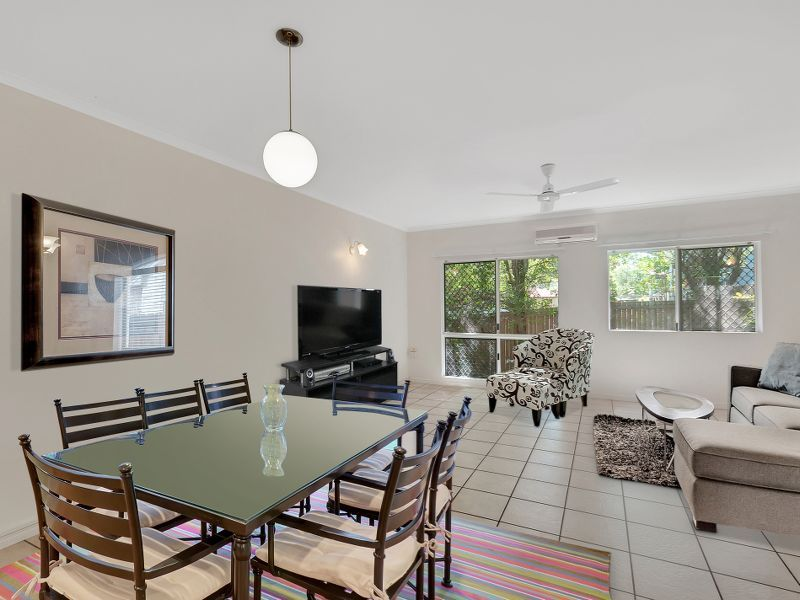 2/1 Hollett Close, Manunda QLD 4870, Image 2