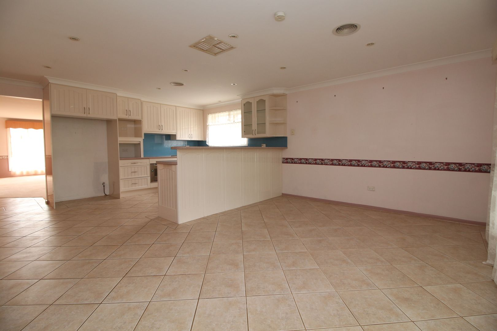 8 MESSNER STREET, Griffith NSW 2680, Image 2