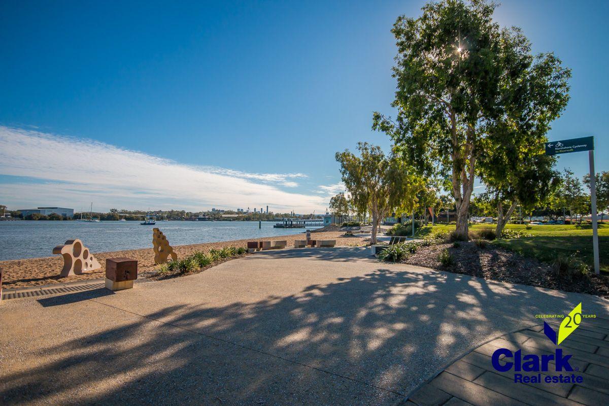 4502/18 PARKSIDE CIRCUIT, Hamilton QLD 4007, Image 2
