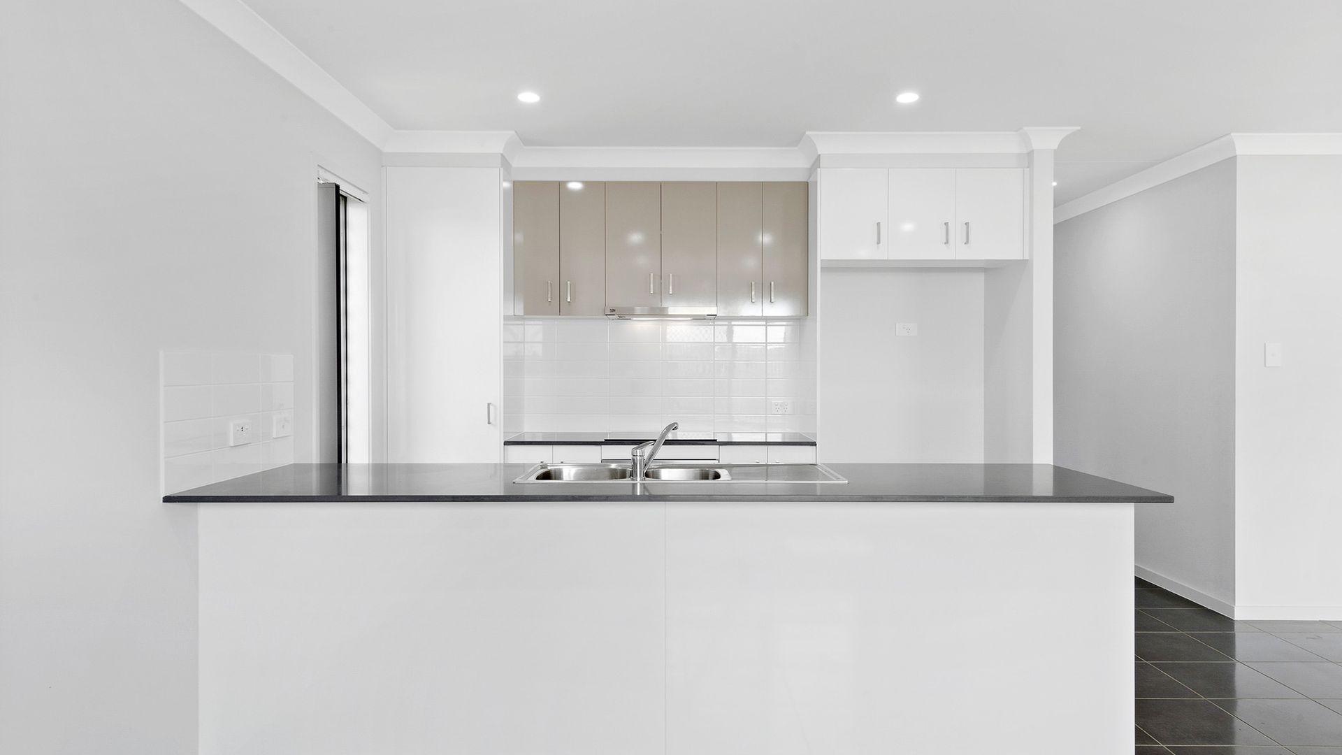 22 Latham Street, Yarrabilba QLD 4207, Image 2
