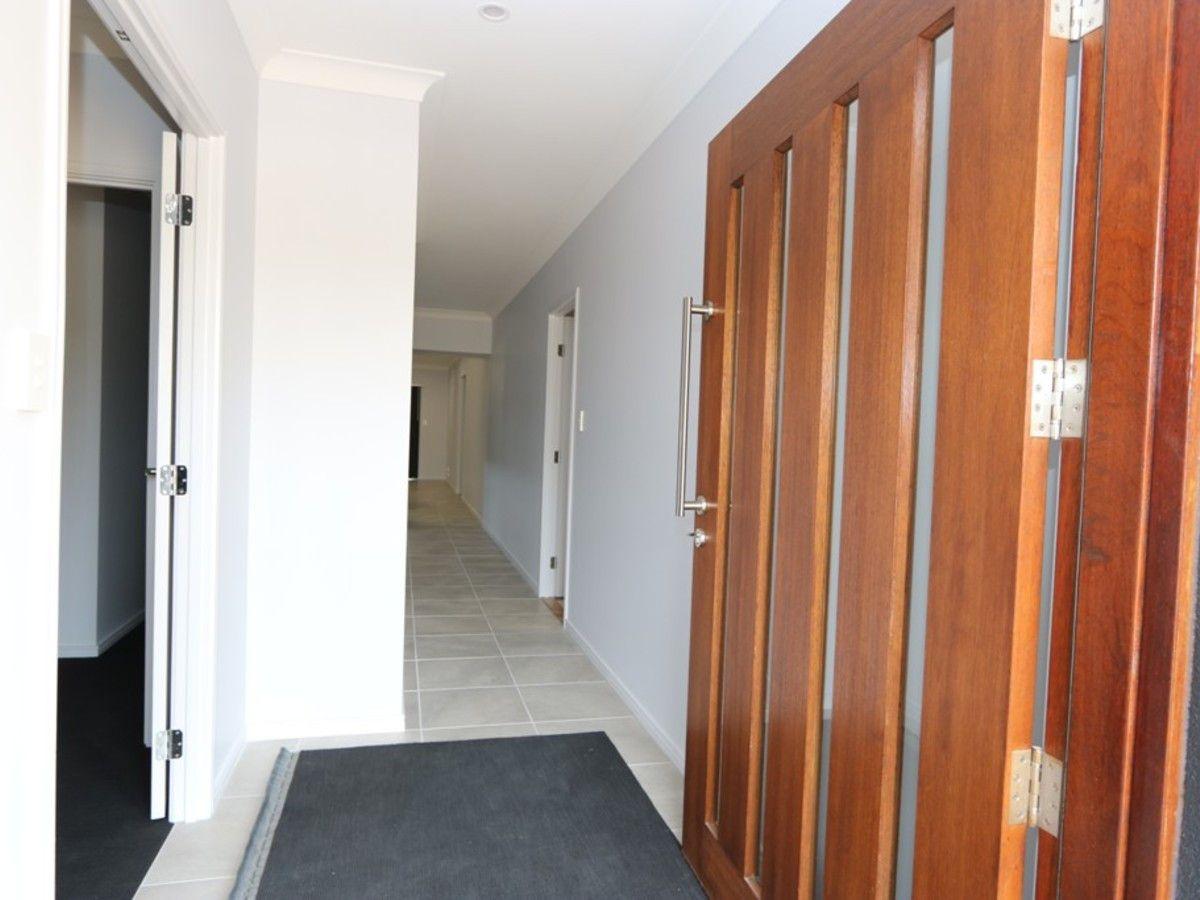 30 Abrahams Road, South Ripley QLD 4306, Image 2