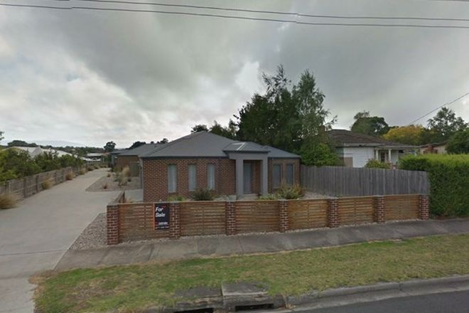 Picture of 1/154 Narracan Drive, NEWBOROUGH VIC 3825