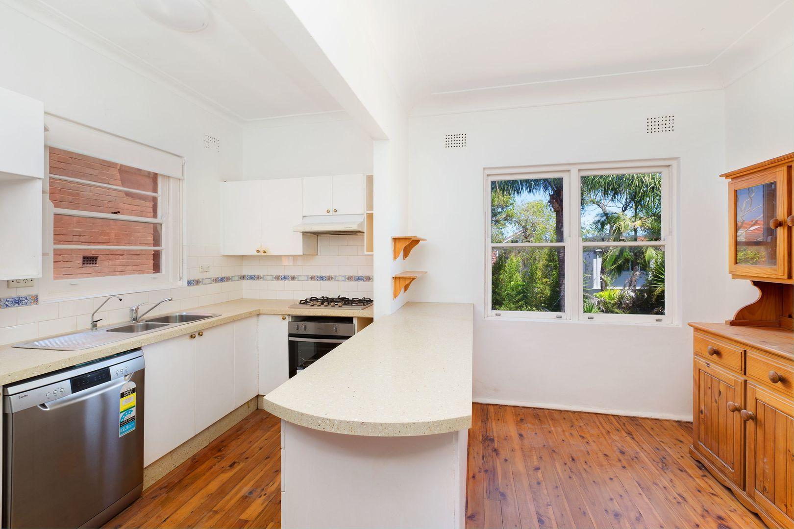 22 Narelle Street, North Bondi NSW 2026, Image 2