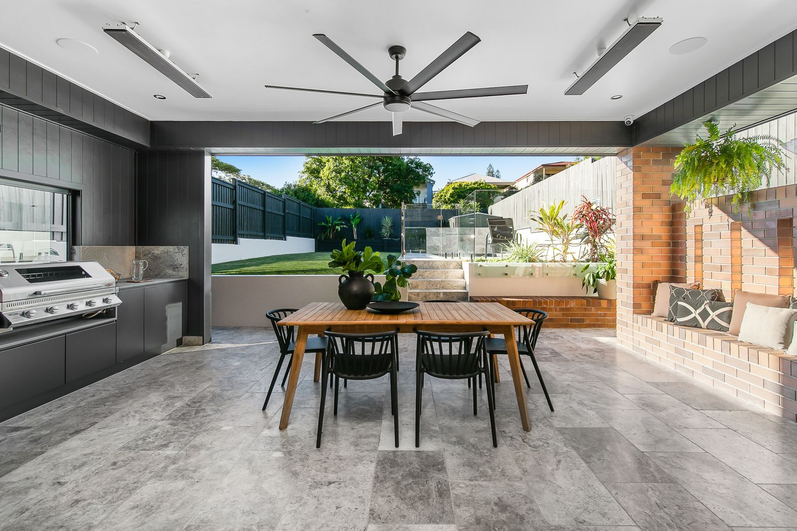 144 Morehead Avenue, Norman Park QLD 4170, Image 0