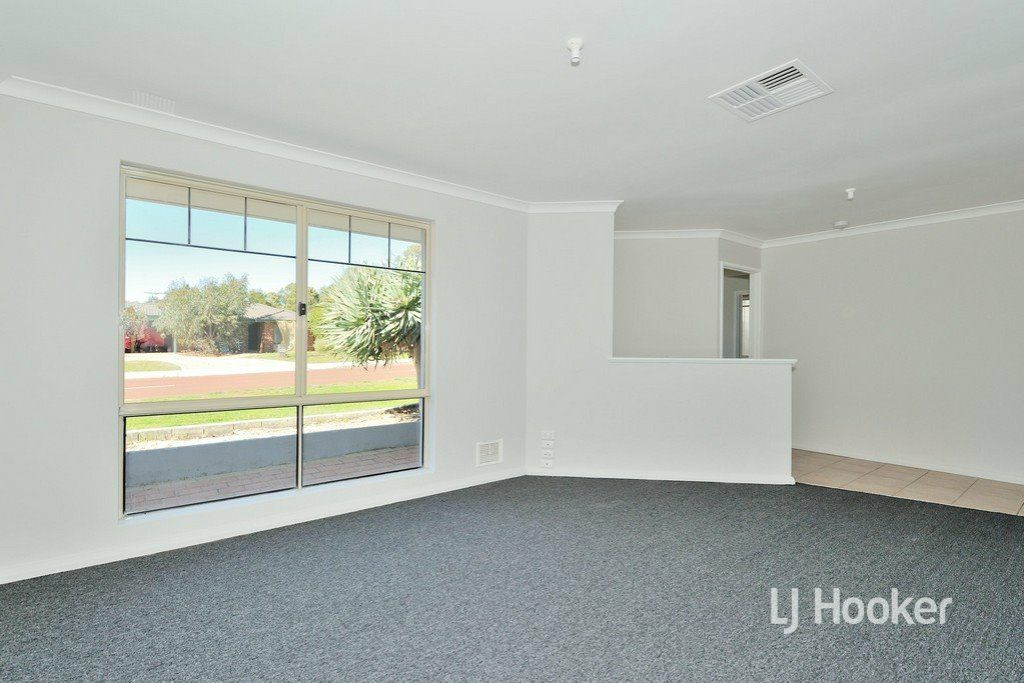 140 Dongara Circle, Jane Brook WA 6056, Image 2