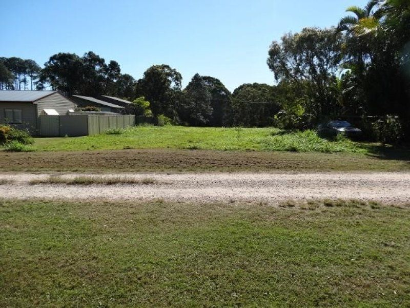 19 Banksia St, Russell Island QLD 4184, Image 0