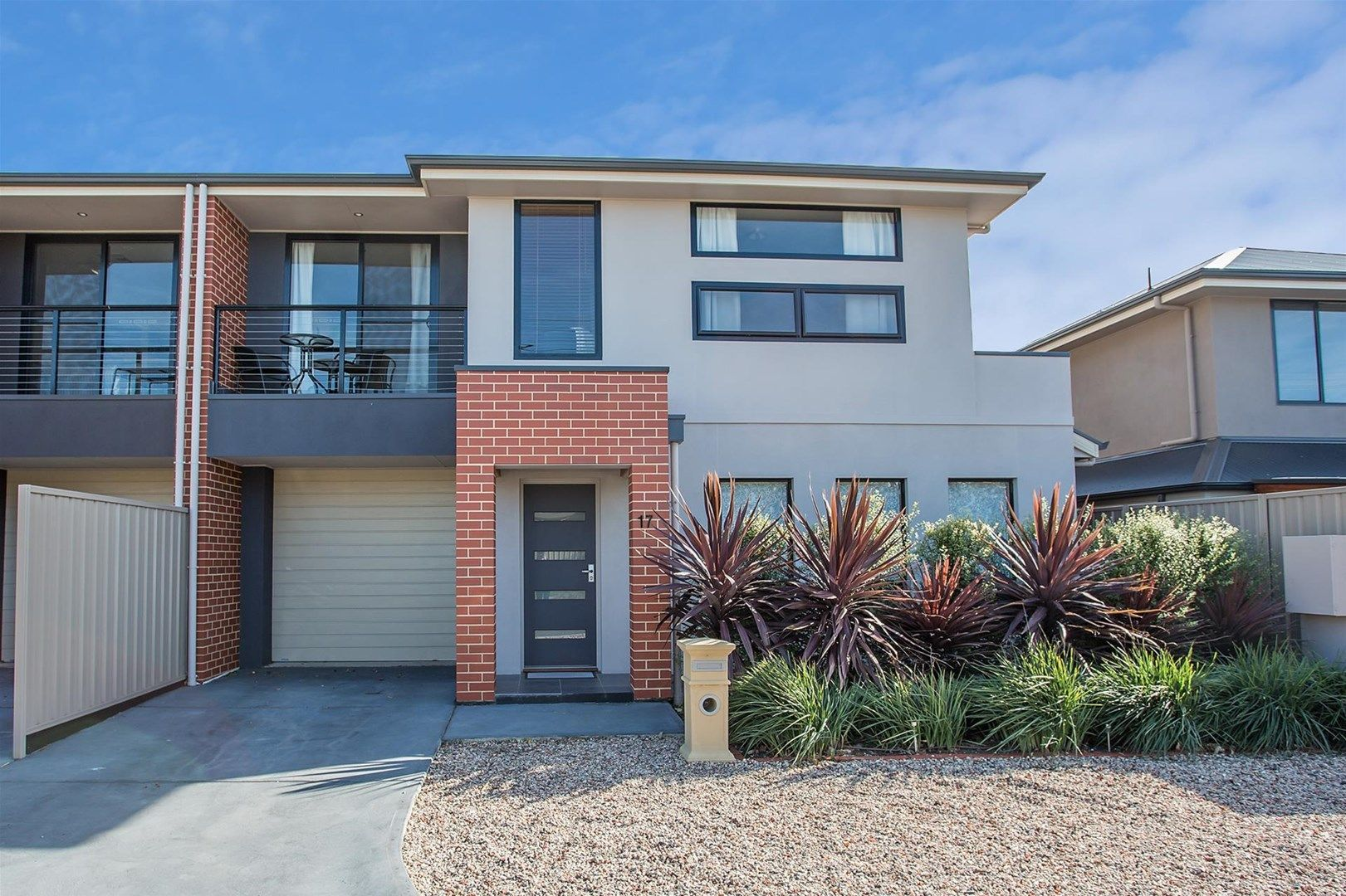17 Young Avenue, Port Noarlunga SA 5167, Image 0