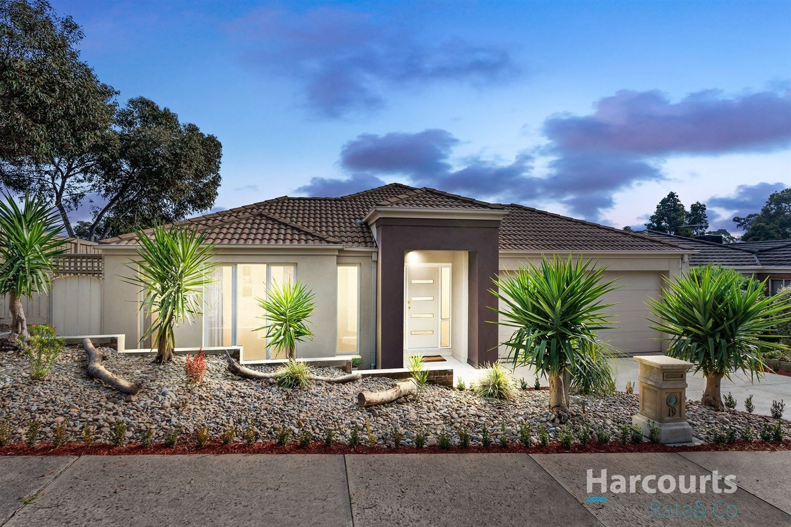 19 Featherpark Terrace, South Morang VIC 3752, Image 0