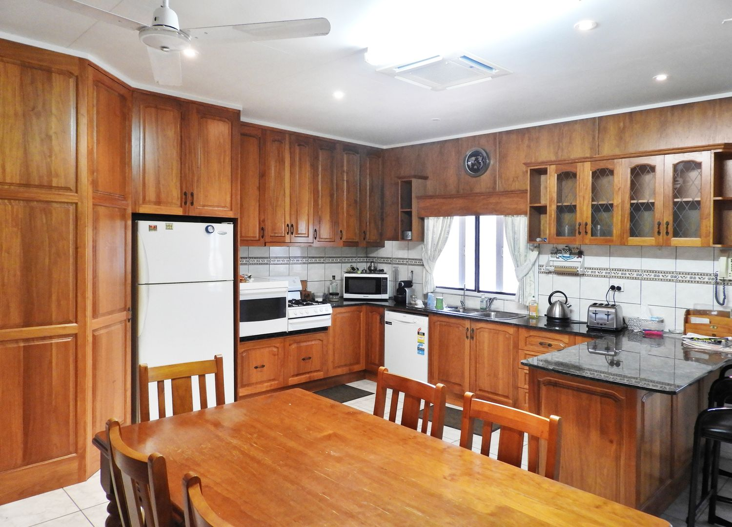 5 Soldiers Road, Bowen QLD 4805, Image 2