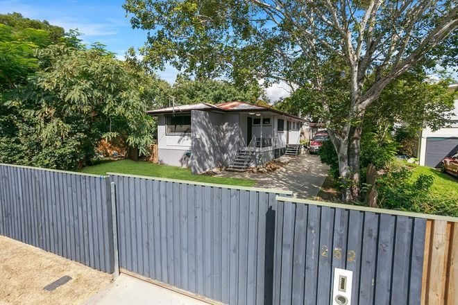 Picture of 252 Ellison Road, GEEBUNG QLD 4034
