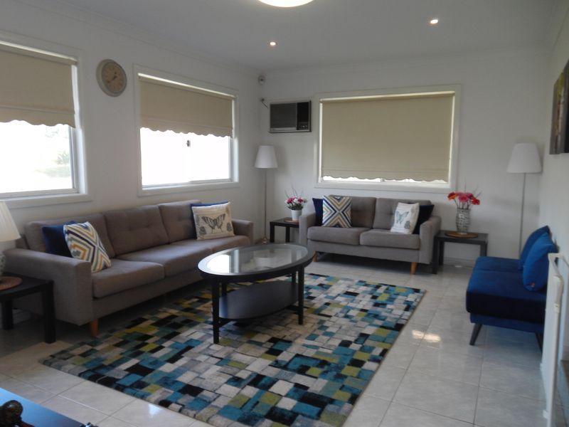 33 Lavinia Street, Seven Hills NSW 2147, Image 1