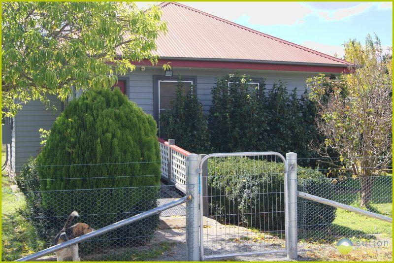 112 Molonglo Street, Bungendore NSW 2621, Image 0