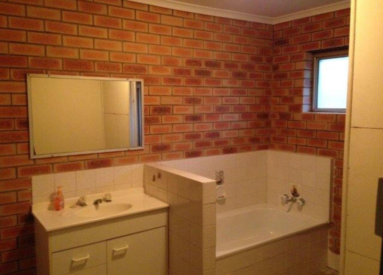 12/183 Jacaranda Avenue, Woodridge QLD 4114, Image 2
