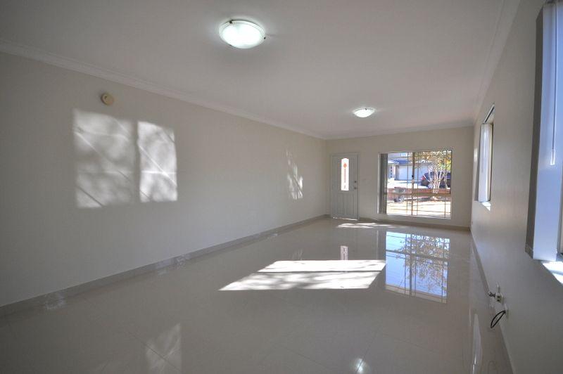 1/36 Gleeson Avenue, Condell Park NSW 2200, Image 2