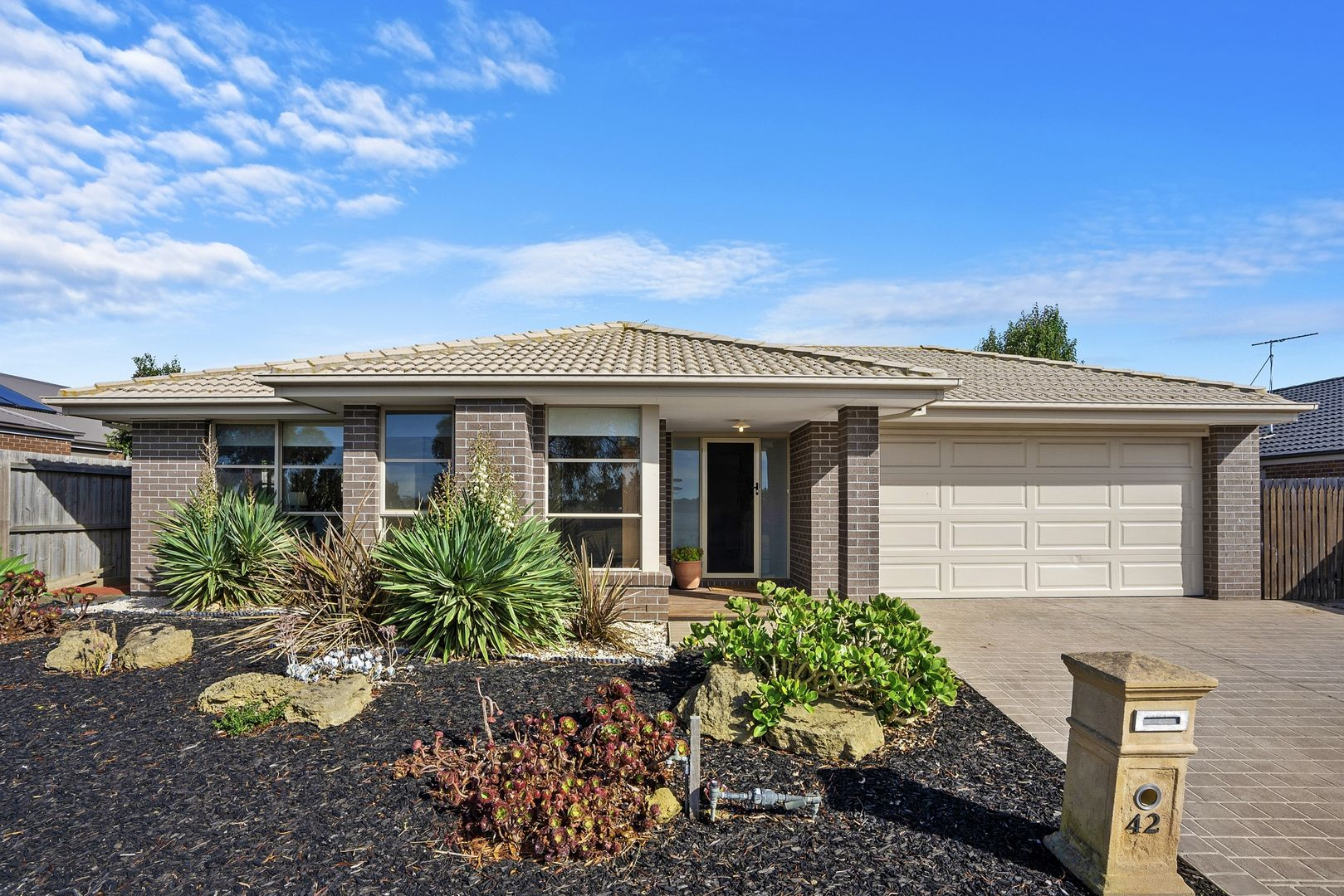 42 CURTAIN DRIVE, Leopold VIC 3224, Image 0