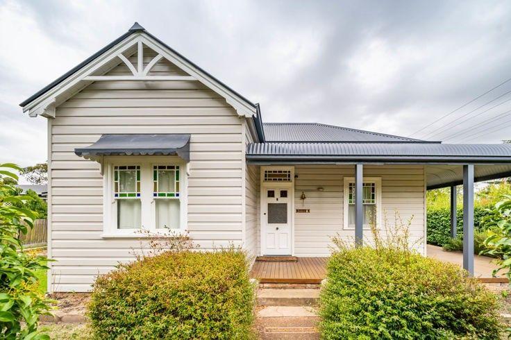 1 King Street, Uralla NSW 2358, Image 0