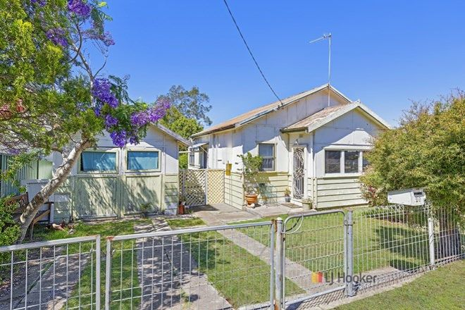 Picture of 20 Cambridge Avenue, KANWAL NSW 2259