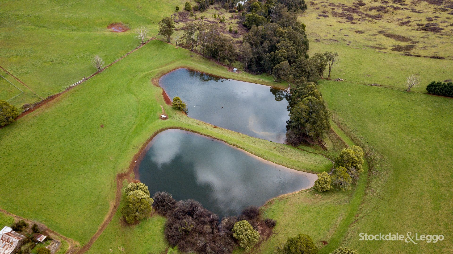 455 Ure Rd, Gembrook VIC 3783, Image 2