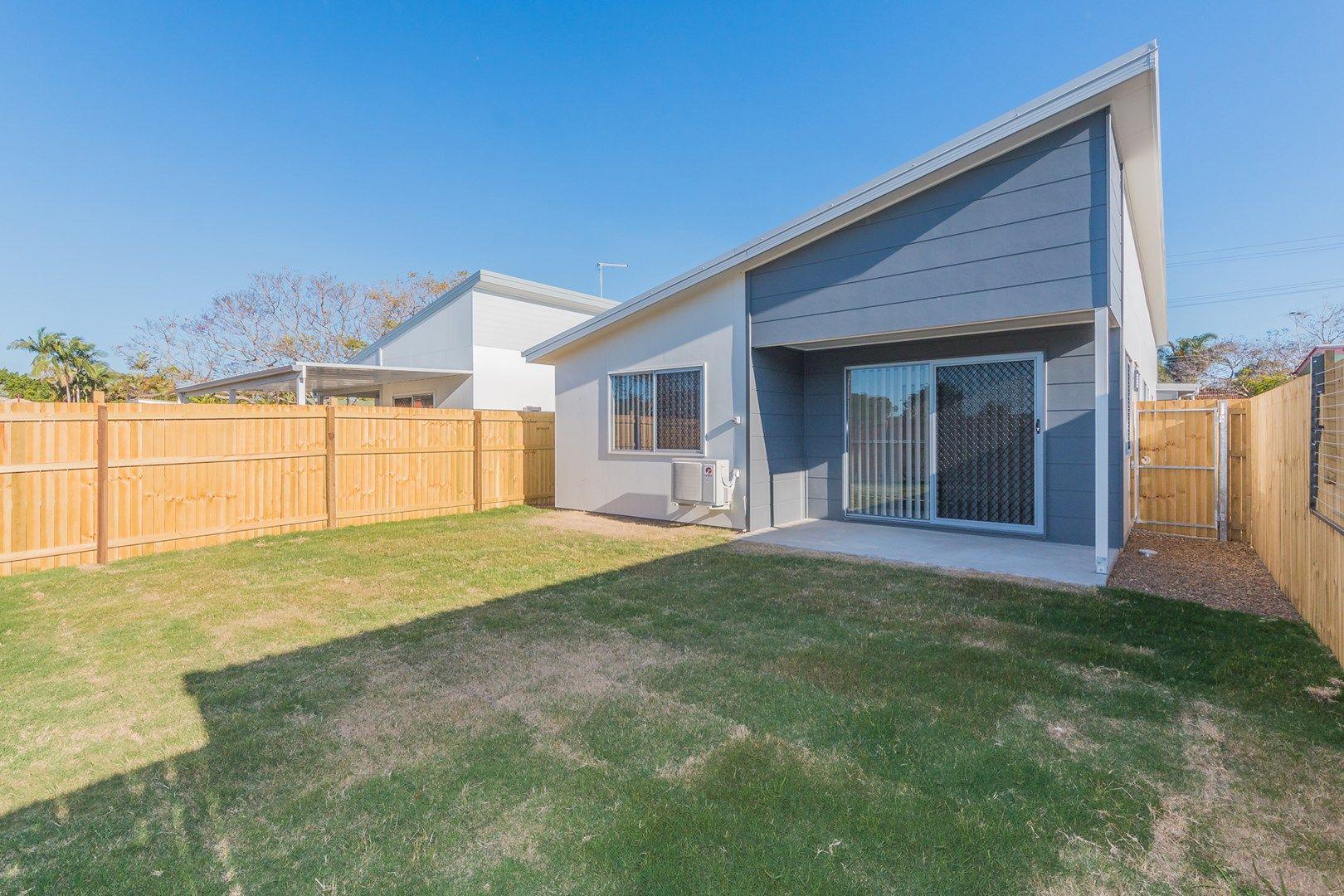 2/122a Klingner Road, Redcliffe QLD 4020, Image 0