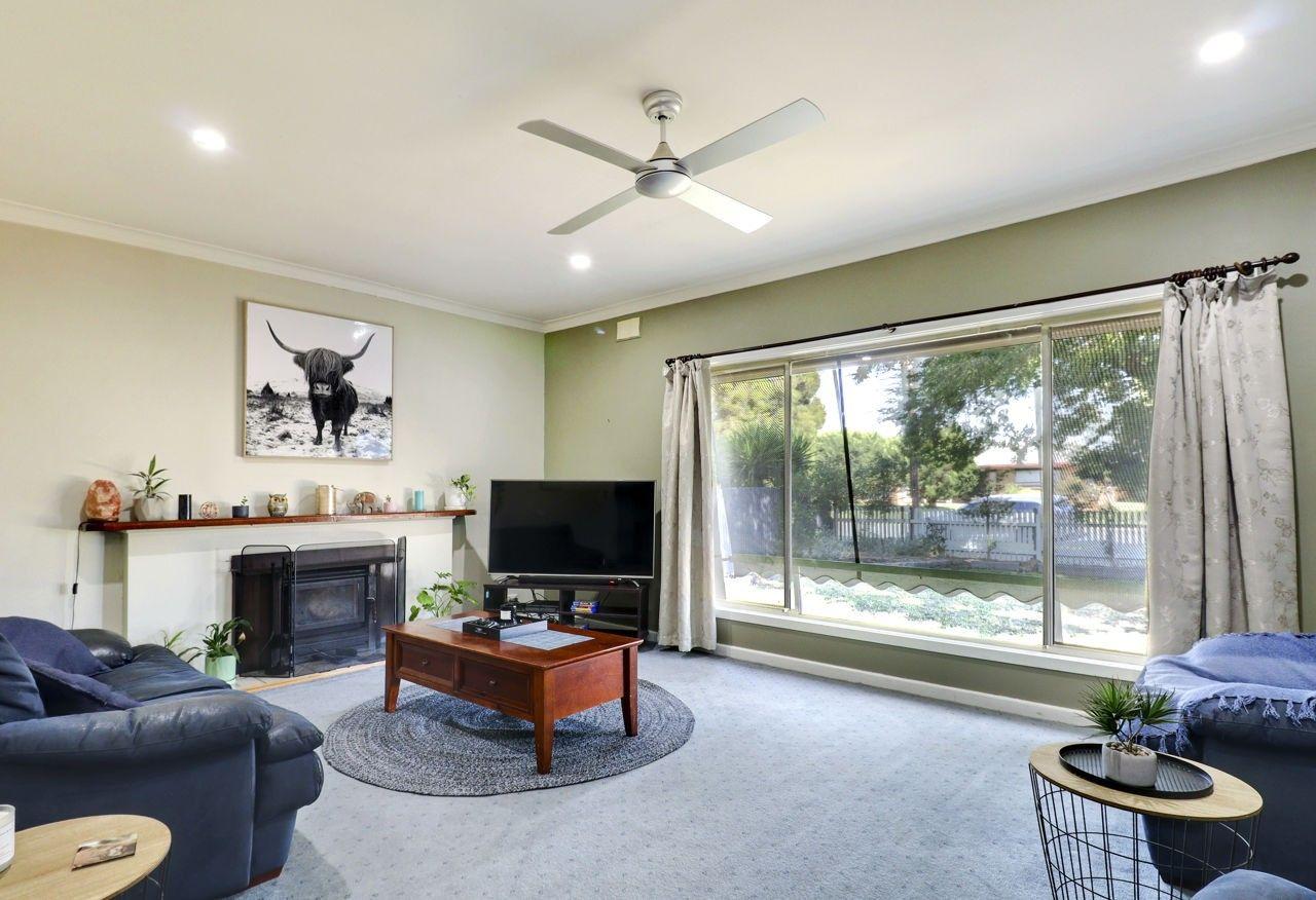 369 Sloane Street, Deniliquin NSW 2710, Image 1