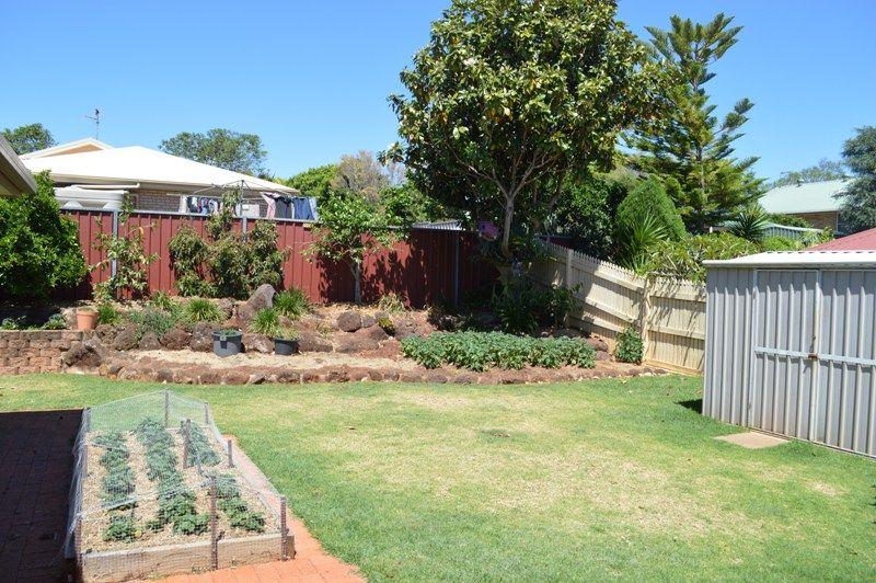 194 Stenner Street, Middle Ridge QLD 4350, Image 8