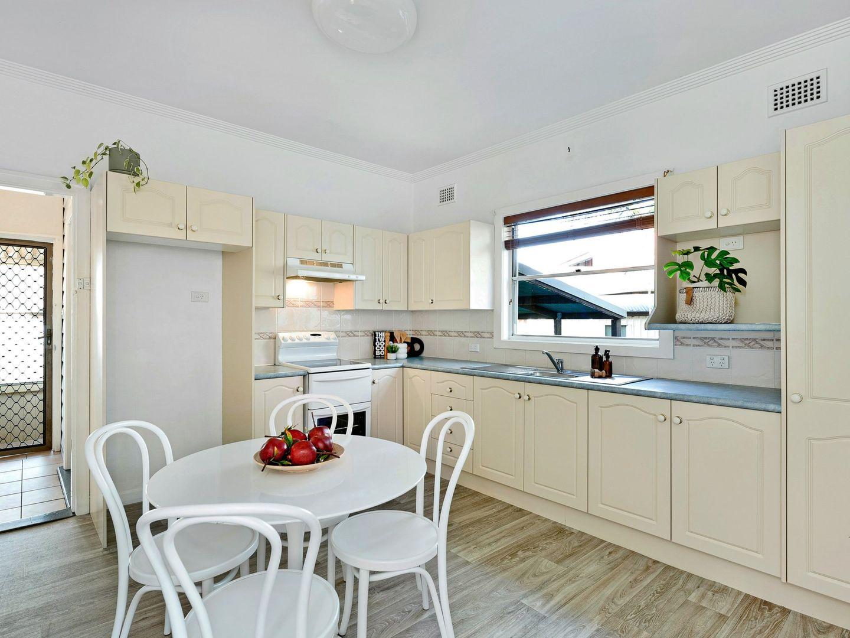 38 Marks Street, Belmont NSW 2280, Image 2