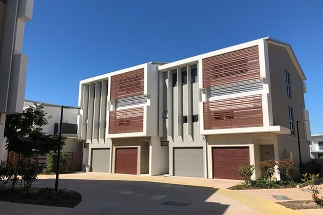 Picture of 45/3028 The Boulevarde, CARRARA QLD 4211