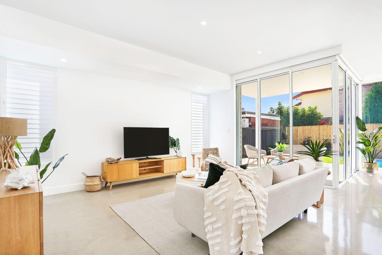 6a Howie  Avenue, Cronulla NSW 2230, Image 2