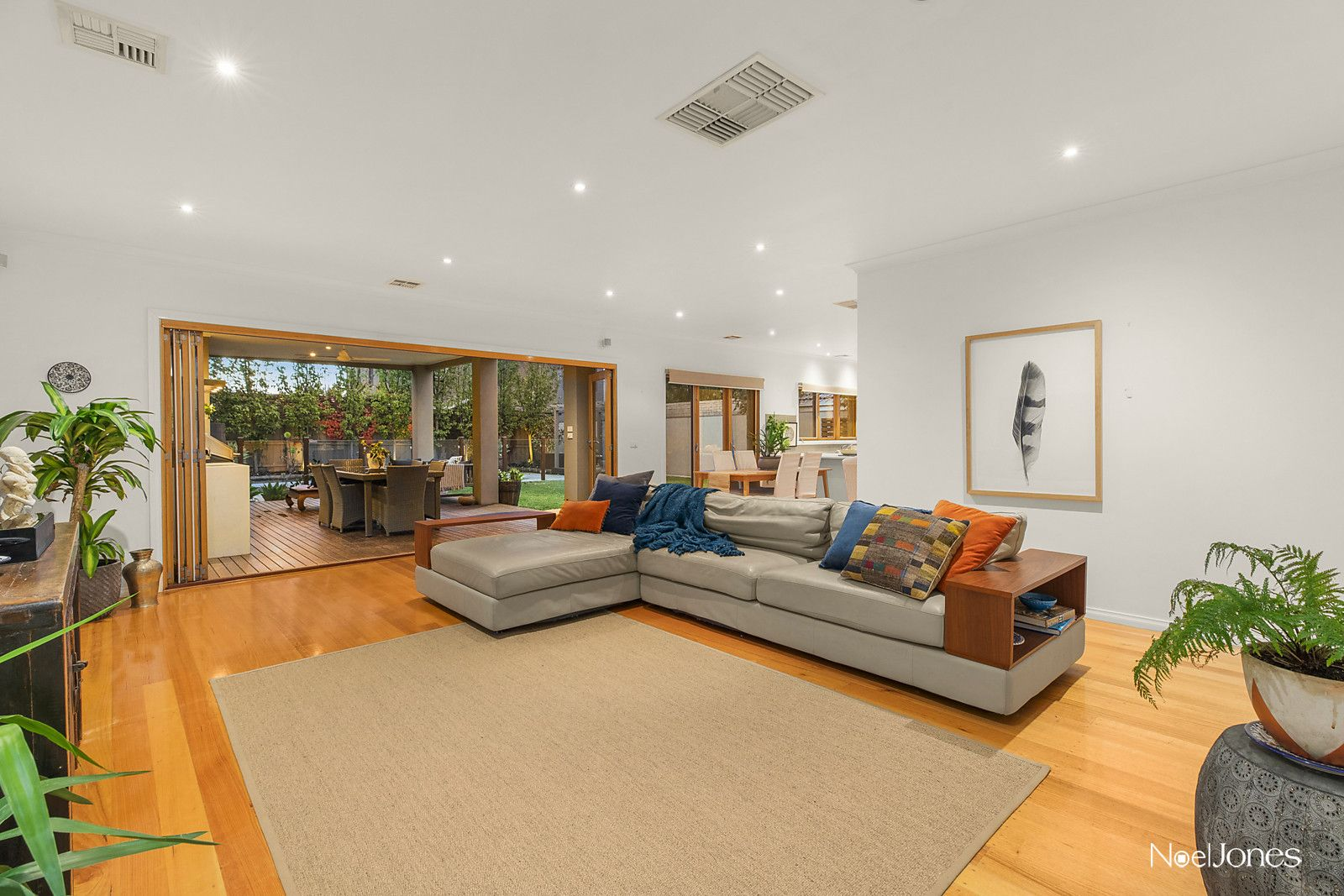 1 Belgravia Avenue, Mont Albert North VIC 3129, Image 1