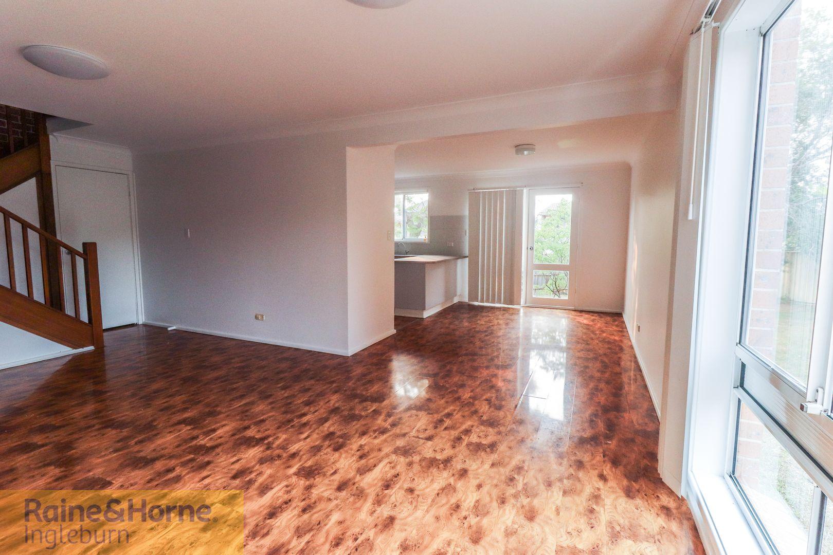 26/6 Jacquinot Place, Glenfield NSW 2167, Image 2