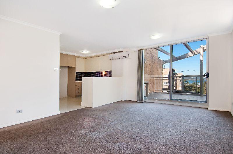 371/80 John Whiteway Drive, Gosford NSW 2250, Image 2